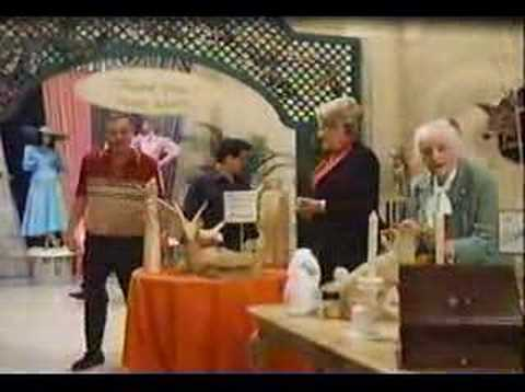EASY MONEY RODNEY DANGERFIELD & JOE PESCI Video