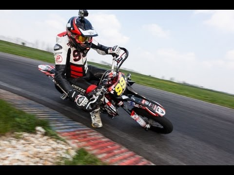 Aprilia Supermoto SXV 550 & MXV 450 | Action-Drifts-Wheelies