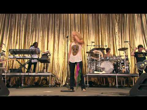 1080p Shakira - Waka Waka (The Official 2010 FIFA World Cup...
