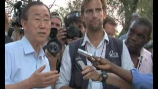 Maximsnew Work Haiti Un Sg Ban Ki-moon At Refugee Camps With Sean Penn Bello