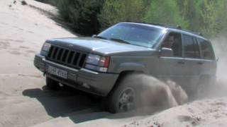 Jeep in mud - Grand Cherokee and Cherokee XJ - HD