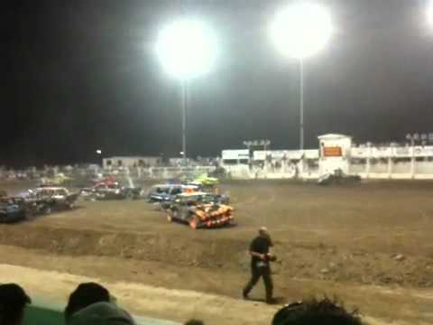 08/08/10 main event. Demolition derby.