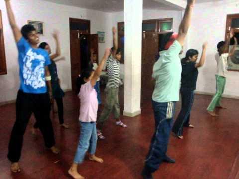Gal mithi mithi bol dance bollywood
