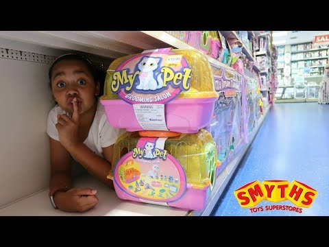BEST HIDE AND SEEK SPOT IN SMYTHS TOYS STORE!!! Toys AndMe