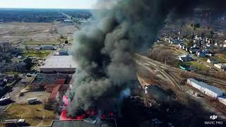 Old Midwest Metal building on Fire in Muncie, IN 1.28.18