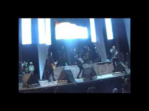 los inquietos del norte en oaxaca en vivo(6/11/10).wmv