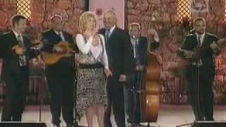 Julija Bisak i Zvonko Bogdan - Moja mala nema mane (Szép a rózsám, nincs hibája)