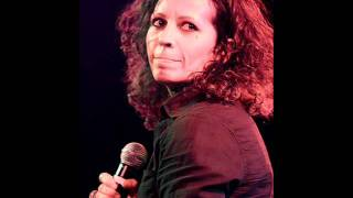 Watch Linda Perry In Flight video
