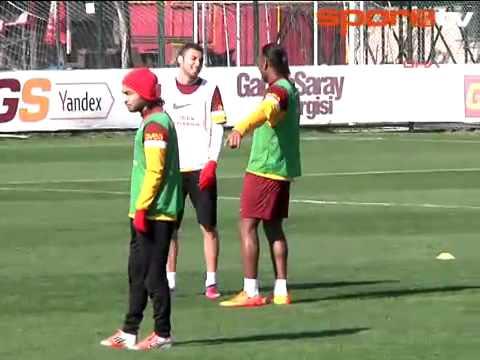 Didier Drogba ile Burak Yılmazın Diyaloğu :)