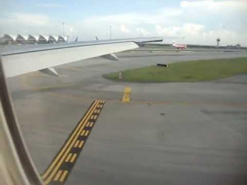 AIRLINE TRAVEL & AIRPORTS: Thai Airways B777-200 Landing at Bangkok Suvarnabhumi Airport