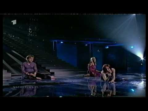 Eurovision 2001 01 Netherlands *Michelle* *Out On MY Own* 16:9