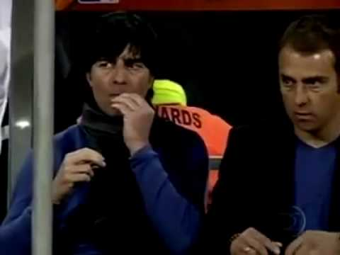 "Joachim LOEW Curait son nez ""/o he'sPicking His Nose"""
