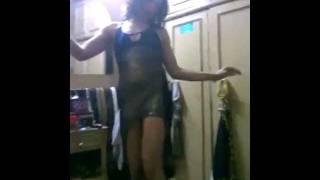 رقص خيالي بنوته لابسه اسود شفاف ـ اغنية وربنا المعبود