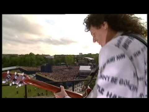 Brian May - God Save The Queen Live