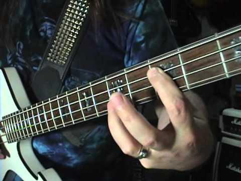 Quick Licks Beginner Funk Bass Guitar Lesson In C By Scott Grove video
