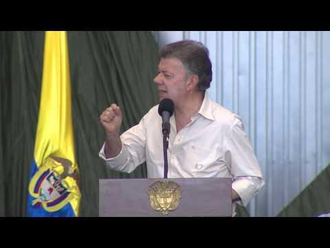Presidente Juan Manuel Santos denuncia campaña contra el proceso de paz