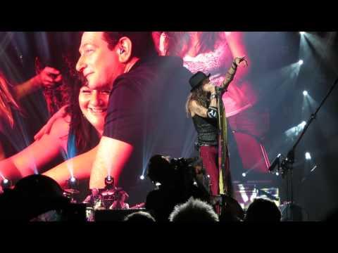 Don't Wanna Miss A Thing.  Aerosmith  Steven Tyler Makes Donald Trump Kiss Wife. video