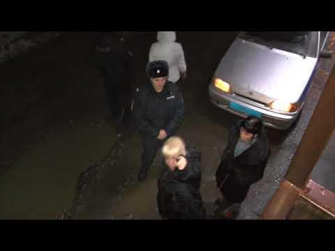 Адовый скандал у сауны на ул. Пристанской, 3 телефона - в луже. Место происшествия 21.11.2017
