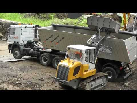 RC LIEBHERR LADERAUPE 634 | RC BULLDOTZER AT WORK!