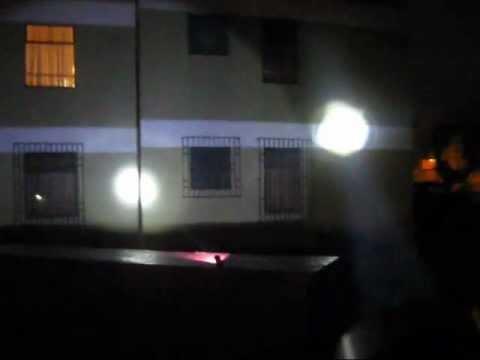 Linternas Cazadoras Ultrafire WF-008 y C8, Ambas Led Q5 - www.tienda8.cl