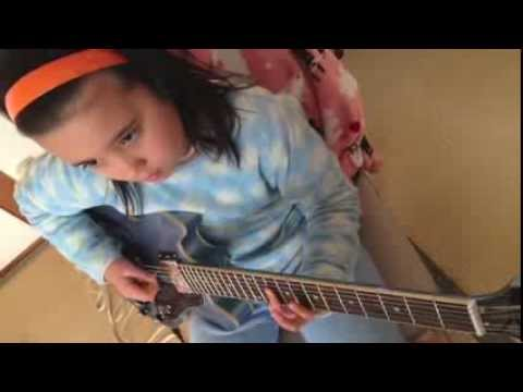 ROCKSMITH Audrey (10 years old) Plays Guitar - Brand New Kind of Blue - Gold Motel 99 % (ROCKSMITH)