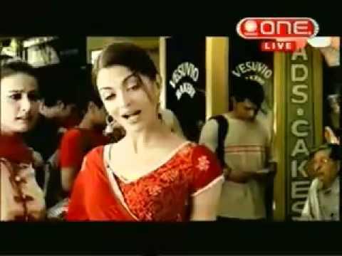Aishwarya Rai in Coca Cola ( Coke ) Advertise...