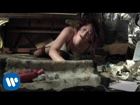Amanda Palmer - Runs In The Family [OFFICIAL VIDEO]