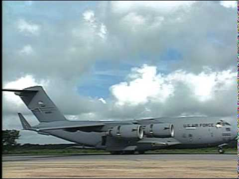 C - 17 Globemaster III Montage - Aerospace Power 2000