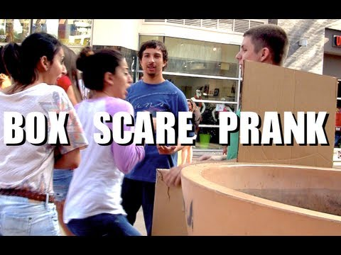 Public Prank - Box Scare Prank