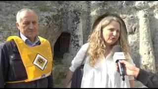 """""""Puliamo il mondo"""": a Matera Legambiente e studenti ridanno decoro alla chiesa di Santa Barbara"""