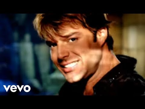 Ricky Martin - She Bangs (English)