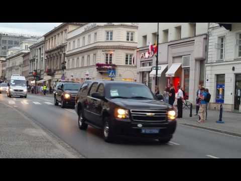 Barack Obama and the entourage invades Poland 😈