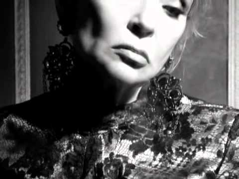 Светлана Светличная  читает стихи   (DVD Ты выдумал Меня)