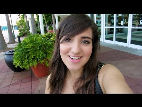 Vlog: A Day To Remember, Bring Me The Horizon, Motionless In White, & Chiodos Concert + GloZell Fest