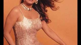 why is juhi chawla is so sexy? watch her at it!