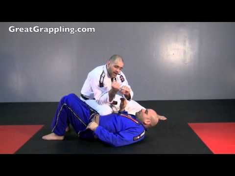 Knee on Belly Submission Baseball Choke Image 1