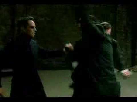 Matrix Reloaded 1st Fight ( WorldKnight.NET )