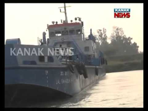 Lal Bahadur Sastri Ship Hold On Dhamra Port