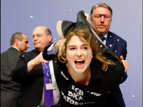 JUST IN: FEMEN attack ECB president Draghi, disrupt presser