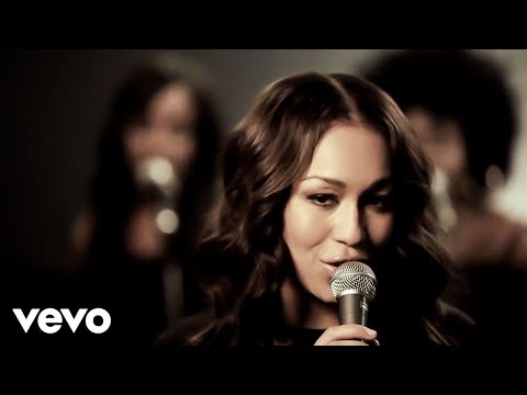 Rebecca Ferguson - Glitter And Gold