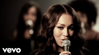 Watch Rebecca Ferguson Glitter  Gold video