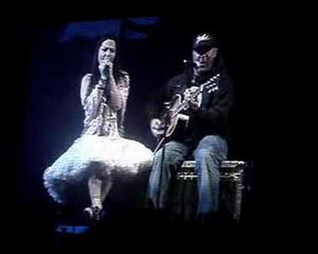 Aaron Lewis / Staind with Amy Lee / Evanescence - Epiphany