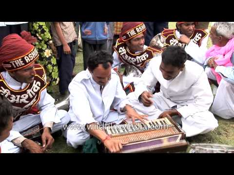 Local musicians performing in open space during Holi Festival, Jaipur