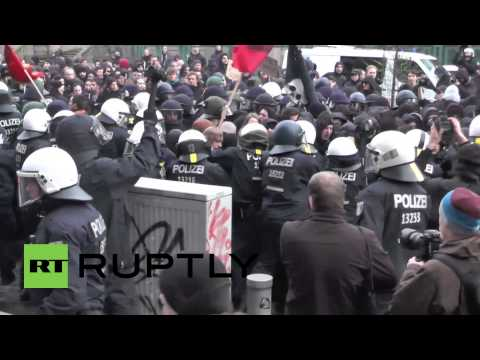 Germany: Left-wingers clash with police during anti-police repression protest