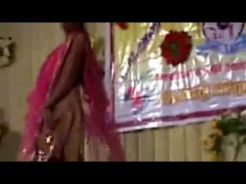 indian college festival super sexcy and hot performance video...