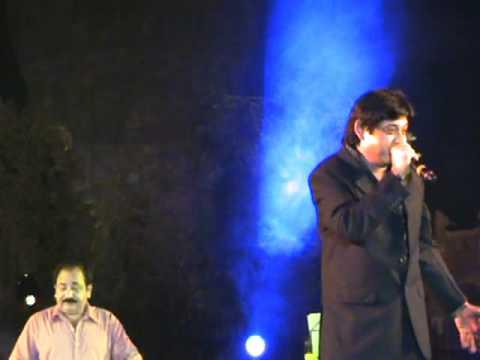 MUSIC 20101011 Amit Kumar Yeh Zameen Ga Rahee Hain Qutub Festival...