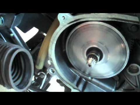 Yamaha Zuma BWs125 Leo Vince Scoot Exhaust Variator Weight Install Part 2