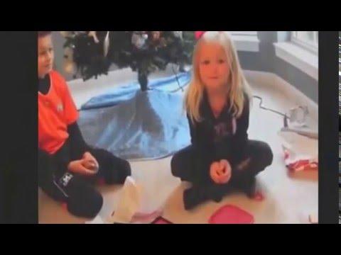 Дети: реакция на плохие подарки к Рождеству