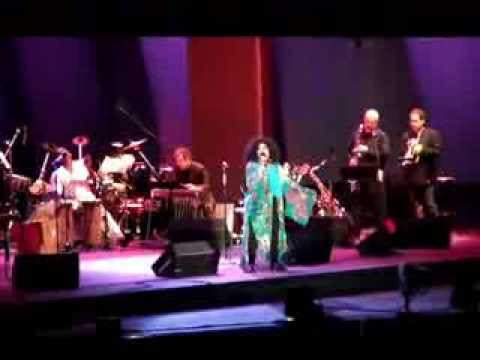 Chaka Khan - Sweet bird (Hollywood Bowl - Joni Mitchell's tribute)