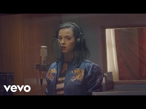 Katy Perry - Roar: Satin Cape (Single Preview)